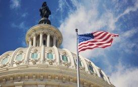 الكونغرس يوافق على زيادة غير مسبوقة في الميزانية العسكرية الأمريكية .