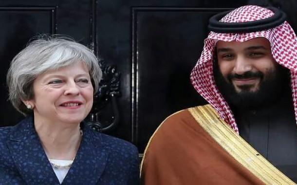 عطوان : ضحايا حَرب اليمن تُطارِد الأمير بن سلمان في كُل مَفاصِل زِيارته المَلكيّة لبريطانيا..