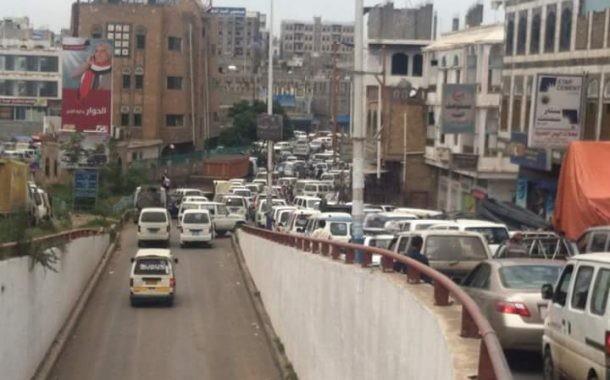 إب غدا : تدشين حملة تسجيل وحصر الباصات بالمرور .