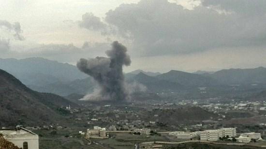 عاجل : طائرات العدوان تستهدف ورشة لإصلاح السيارات في العاصمة صنعاء واستشهاد مواطن في صعدة .