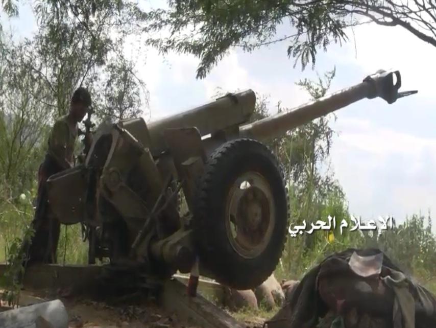 قصف مدفعي يمني يدك تجمعات الجنود السعوديين في جبل دخان وسيارات الإسعاف تهرع للمكان
