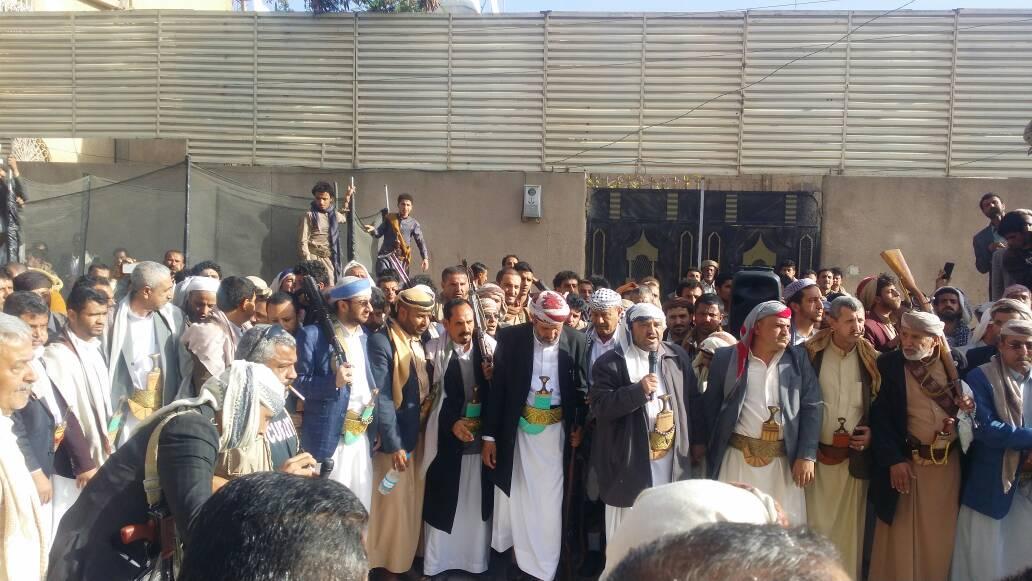 صنعاء : إب صلح قبلي ينهي قضية قتل بالخطأ بين آل الدمة وآل الكبسي وآل المطري .
