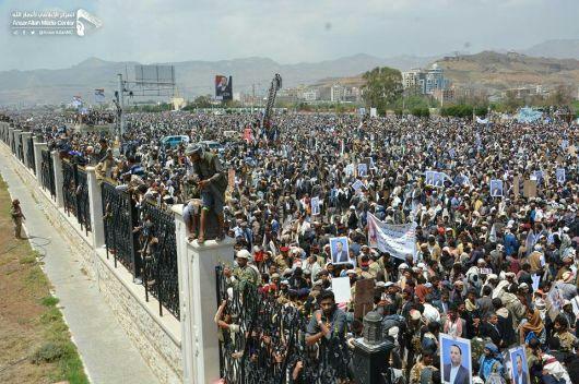 كاتب فلسطيني : جنازة الرئيس الصماد هي الجنازة الثانية من حيث الحجم بعد جنازة الرئيس جمال عبد الناصر.